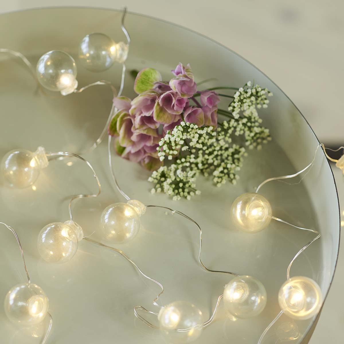 Guirlande lumineuse IO 20 LED ampoules verres claires