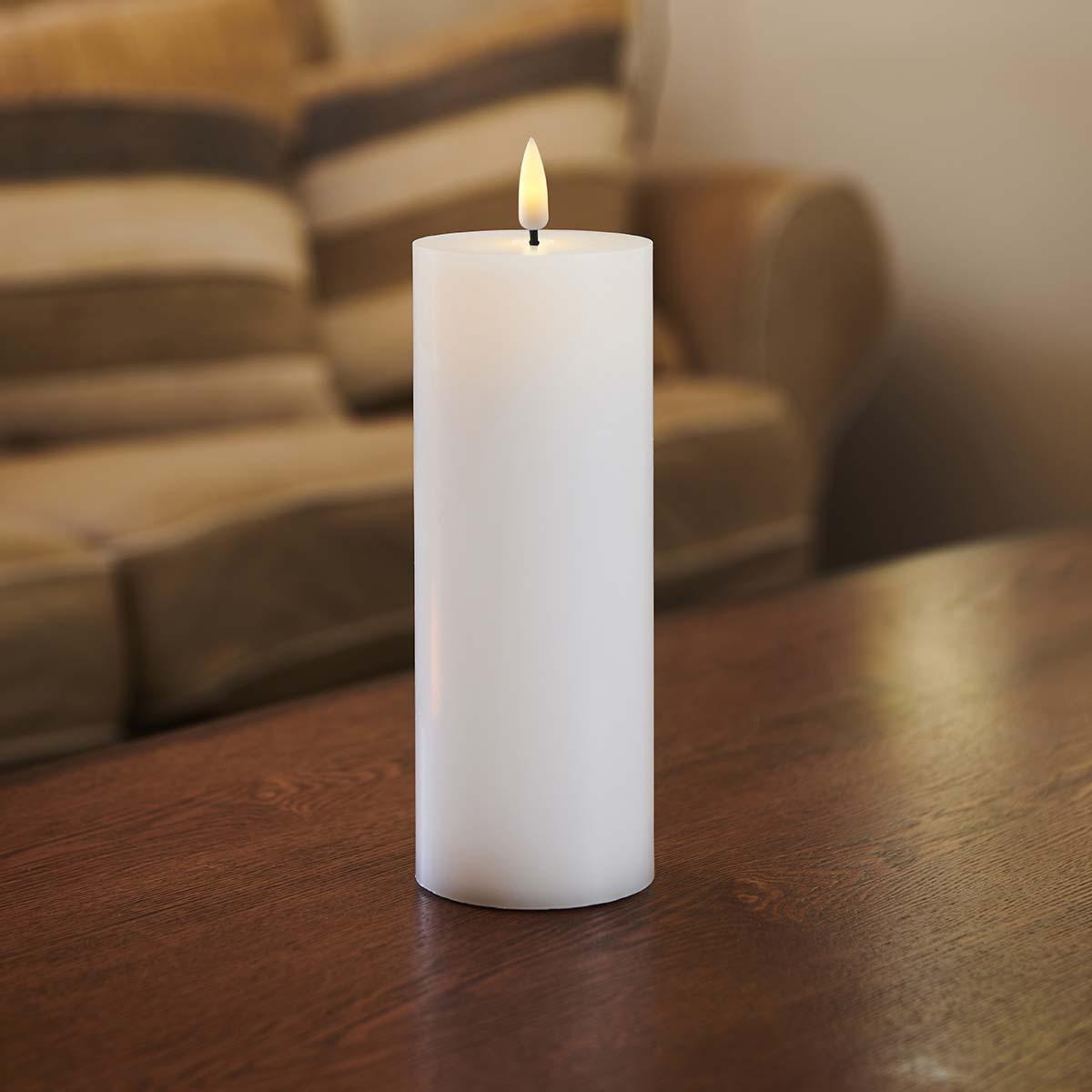 Bougie LED haut plat flamme vacillante H 20 * D 7,5 cm